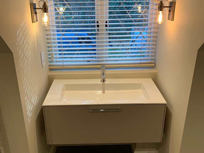 New sink unit and side lights installed