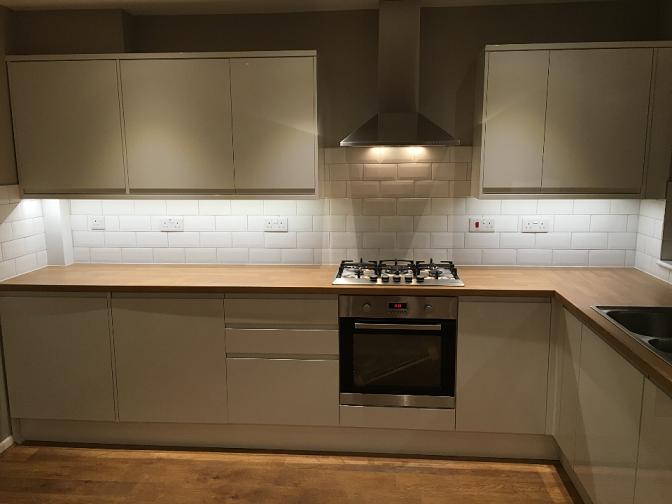 Renovation in Farnham Surrey with Howdens Kitchen 2